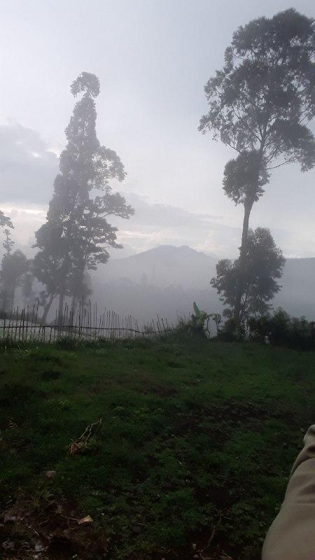 Mendaki Bukit Bintang Lembang Bandung